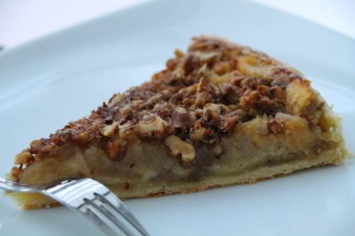 tarte sucrée, pommes, noix, miel