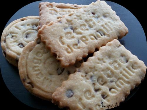 Biscuits sucrés, épices, chocolat