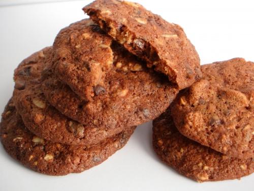 Cookies, noisettes, chocolat