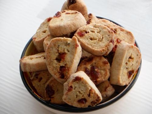 Biscuits salés, canneberges, noix